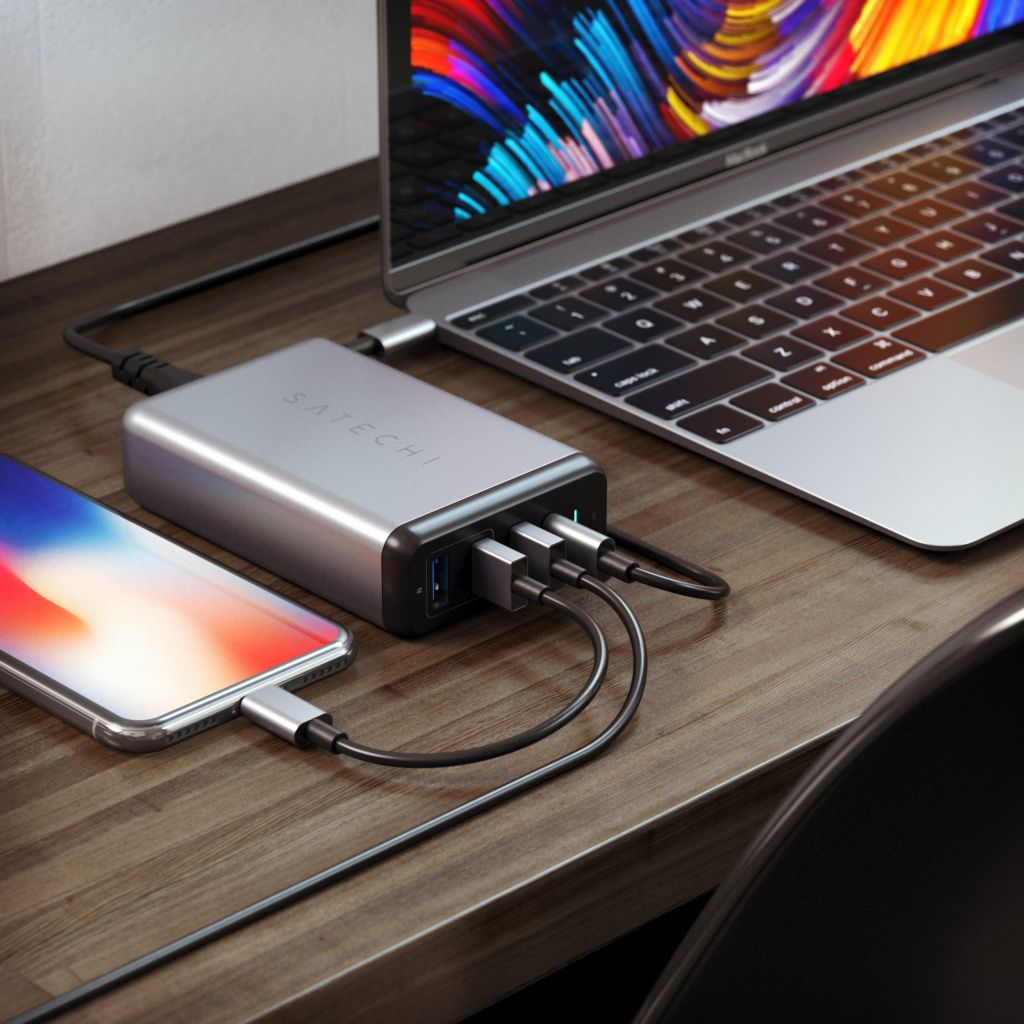 Satechi USB-C 75W Travel Charger Space Gray.jpg